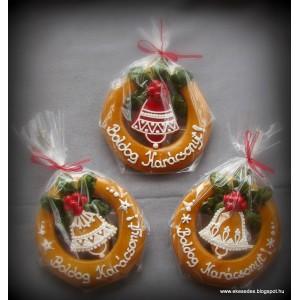 Pici karácsonyi ajtódíszek haranggal