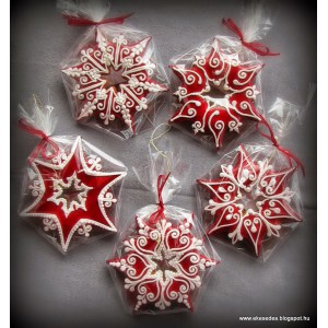 Karácsonyi fenyőfüggők