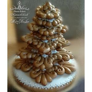 Különleges mézeskerámiából készült fenyőfa, karácsonyfa mézeskalács alapon