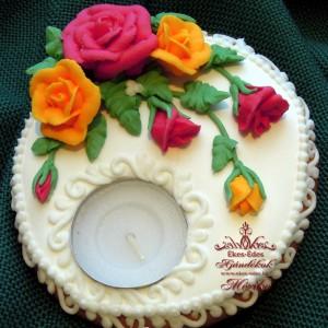 Rózsás mézeskalács mécsestartó