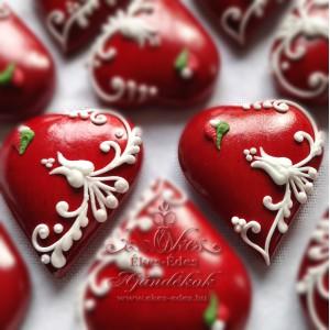 Kicsi tulipános szívek
