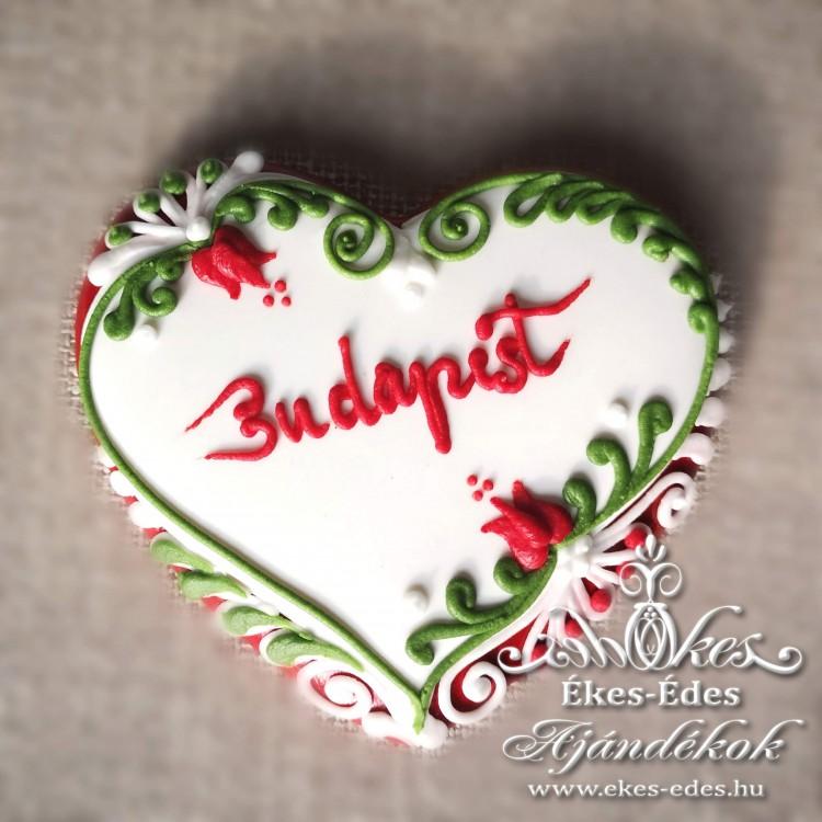 Csipke szélű piros-fehér-zöld szív
