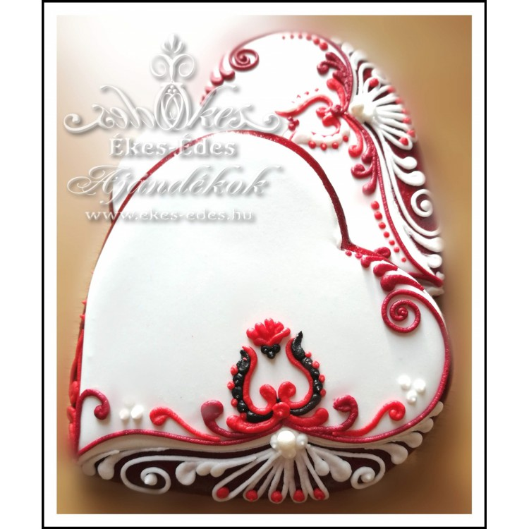 Tulipános esküvői mézeskalács szív