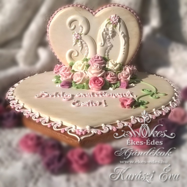 Rózsás születésnapi szív